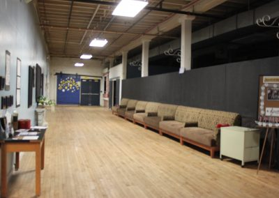 Lobby hallway getting emptier